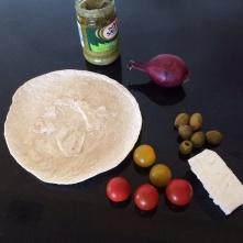Pesto pizza ingredients