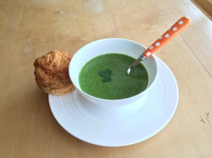 Spinach and butter bean soup