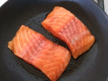 Mirin salmon frying