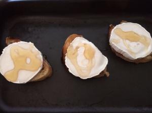 Honey on goatscheese and ciabattabatta