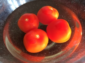 Tomatoes for skinning